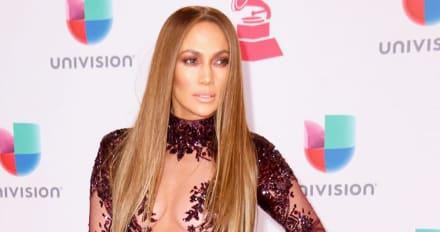 Viralizan fotos de Shakira cuando ganó la mejor cola de Colombia y le gana a JLo (FOTOS)