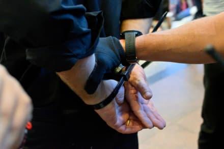 Golpe a ICE: Detención de hispano desata prohibición de arrestos en la corte (VIDEO)