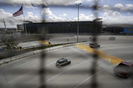 Cruces fronterizos: EEUU y México negocian plan para suspenderlos