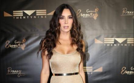 Elizabeth Gutiérrez, esposa de William Levy presume su bien torneado trasero en jumpsuit casi transparente (FOTO)