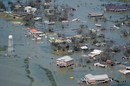 TEXAS: Paso de Huracán Laura deja sin luz a más de 700 mil personas (FOTOS)