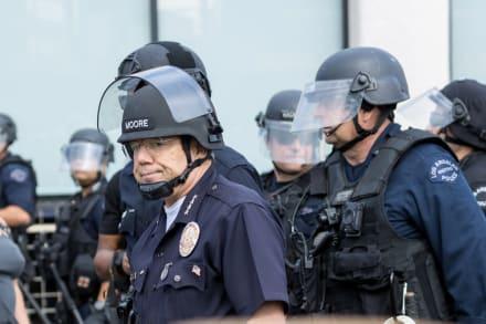 Sindicato de policía de Los Ángeles inicia campaña para evitar recortes y despidos