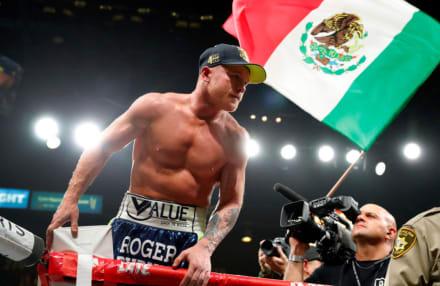 Mhoni Vidente revela si ganará o no en su pelea de esta noche Saúl 'El Canelo' Álvarez contra Callum Smith