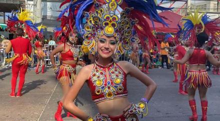 ¡ALEGRÍA PURA! Así se celebra una de las fiestas hispanas más populares del mundo