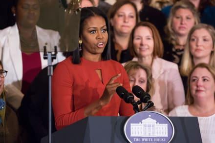 """Michelle Obama arremete contra Trump y su """"ambición"""""""