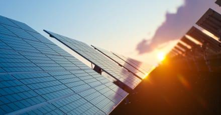 Crean paneles que convierten lluvia en energía eléctrica