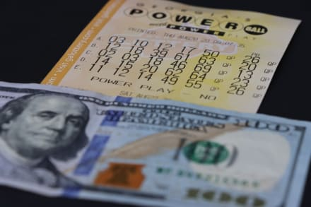 Aún sin ganador: premio mayor del Powerball sube a $730 millones
