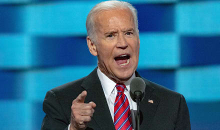 Juez federal en Texas bloquea suspensión de deportaciones de Biden