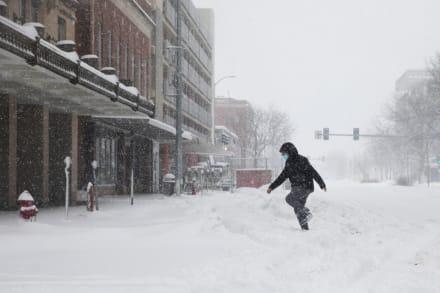 Tormenta invernal amenaza a 31 entidades de Estados Unidos