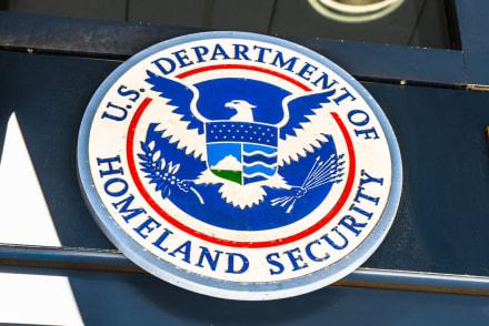 DHS termina acuerdo con Arizona que impedía a Biden 'reformar' sobre inmigración
