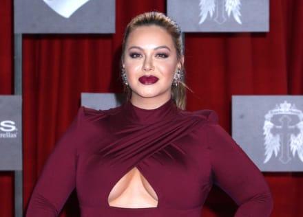 El vestido rojo de Chiquis Rivera que enciende a sus seguidores (FOTO)