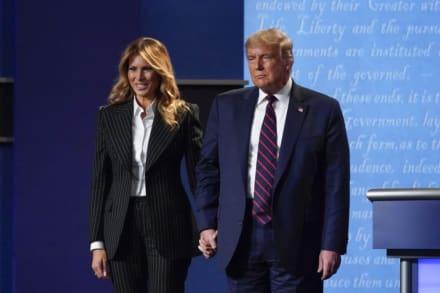 """Melania """"levantaba el ánimo de Trump"""" después de cada mitin, según ex amiga"""