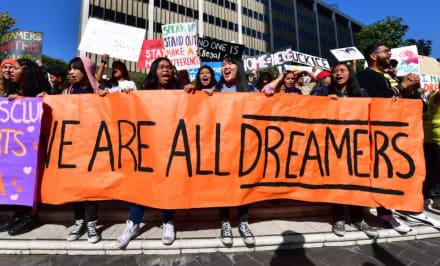 Republicanos quieren ciudadanía para 'dreamers', pero con ciertos requisitos