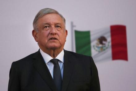 Presidente López Obrador, de luto tras muerte de los 6 militares y del senador de Morena