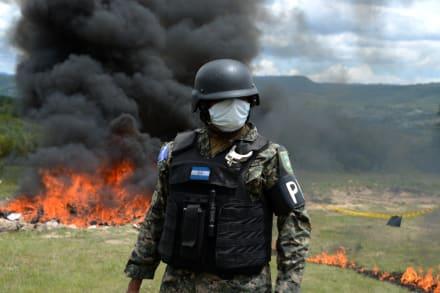 La Raptor, la famosa camioneta del Cártel Jalisco Nueva Generación, fue incendiada