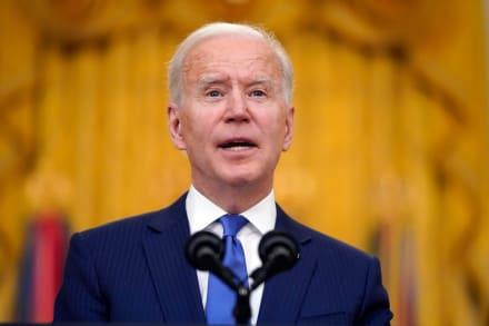 Senador demócrata no ve buen pronóstico para ley migratoria de Biden
