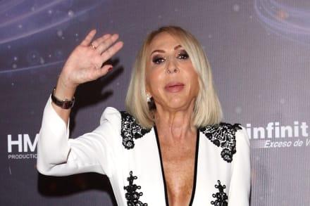 """Laura Bozzo se pone guapachosa bailando salsa y le dicen que parece """"una momia"""""""