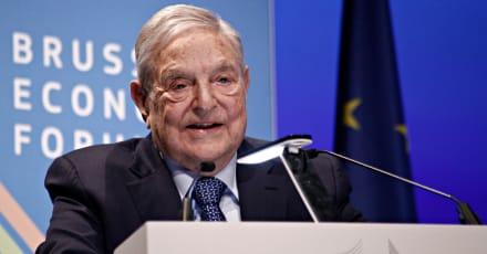 ¿Quién es George Soros? [Historia de Su Vida]