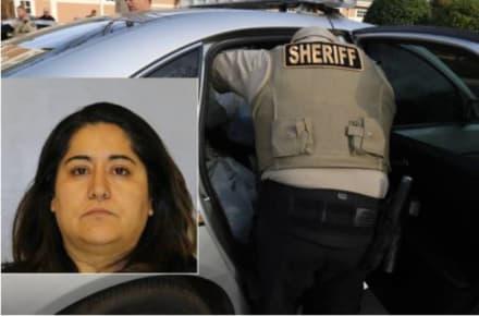 Crónica: Cajera hispana le robó 36 mil dólares a la policía