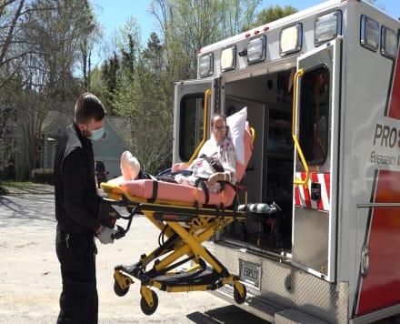 Paciente de milagros. Daysi regresó a casa después de una larga batalla contra el COVID-19