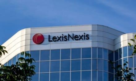 ¡Acceso a datos personales! ICE firma contrato millonario con LexisNexis para 'reforzar' deportaciones