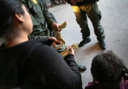 Primera entrada sin documentos a EE.UU. se puede juzgar como delito en una corte
