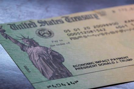 ¿Llegará un cuarto cheque con el nuevo plan que prepara Biden?