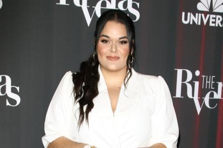 Mientras Chiquis Rivera presume cinturita, Jenicka López no se quiere quedar atrás