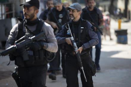 Balacera policial deja decenas de muertos y provoca denuncias de abusos en Brasil (Fotos)