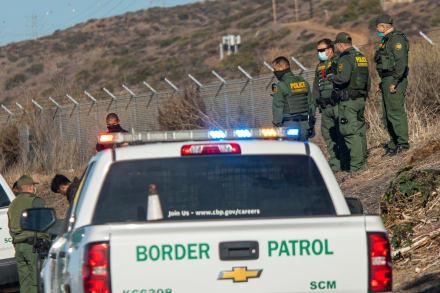 Alrededor de 250 inmigrantes podrán solicitar asilo a diario en EE.UU.