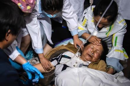Confirman 3 muertos, 27 heridos y 20 mil evacuados por fuertes sismos en China