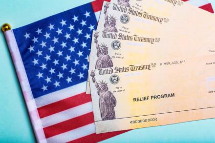 ¡Malas noticias! IRS confirma quiénes quedan fuera de los cheques que llegarán el 15 de julio.