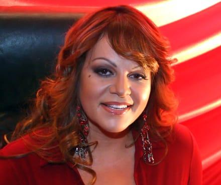 Revelan a quién llamó Jenni Rivera antes de morir