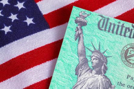 ¿Seguirá llegando el cheque 'bonus' del IRS?