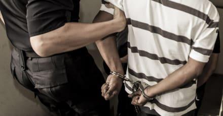 La Patrulla Fronteriza arresta a migrantes armados tras cruzar la frontera