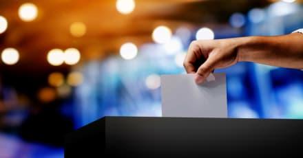Adams lidera primarias demócratas a Alcaldía de Nueva York, seguido de García