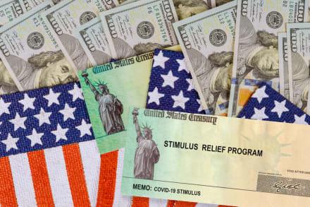 ¡Mas ayuda en camino! IRS confirma quiénes continuarán recibiendo sus cheques