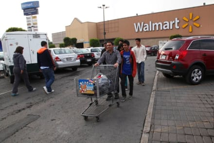 Mexicanos enojados con Walmart piden boicotear las compras en la minorista