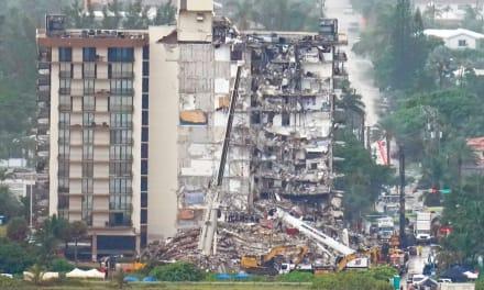 Aterradora llamada: Mujer hablaba con su esposo cuando cayó el edificio en Miami