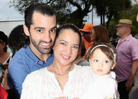 Alaïa deja al descubierto que Adamari López y Toni Costa están juntos de nuevo en sus vacaciones (VIDEO)