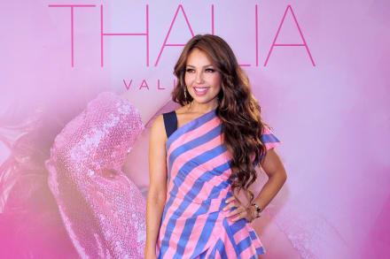 La Chacha (26 de Julio) ¿A punto de partirse el cuello? A Thalía la critican por lo que hace a su edad (VIDEO)