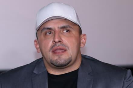 Juan Rivera dice la verdad detrás del 'regalo millonario' que les hizo Lupillo a él y a la señora Rosa