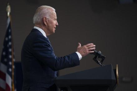 Biden anunciará plan para extender cheque de crédito tributario por hijos de forma permanente