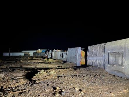 """Se descarriló tren y dejó """"varios heridos"""" mientras combaten inundaciones en Utah"""