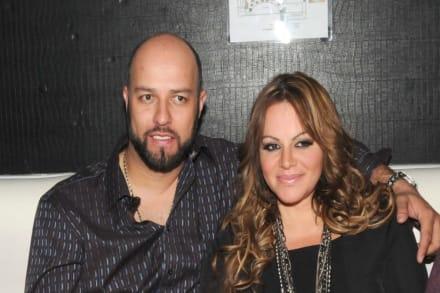 Resurge video de Jenni Rivera donde cuenta cómo fue su divorcio de Esteban Loaiza