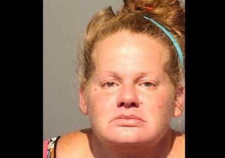 Mujer se hizo pasar por dentista y le sacó 13 dientes a un paciente y robó más de $20 mil