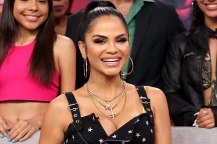 Critican a Natti Natasha por llevar a su bebé de 2 meses a Premios Juventud