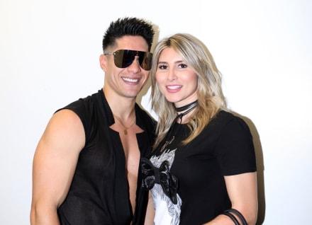 """Vieja irresponsable"". La esposa de Chyno Miranda revela que tuvo COVID-19 y la critican (VIDEO)"