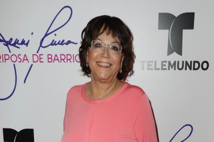 Señora Rosa, mamá de Jenni Rivera, le manda indirecta a sus nietos