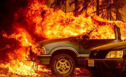 Incendio Dixie se convierte en el más grande en la historia de California y sigue ardiendo